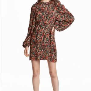*NWT* H&M Floral Dress